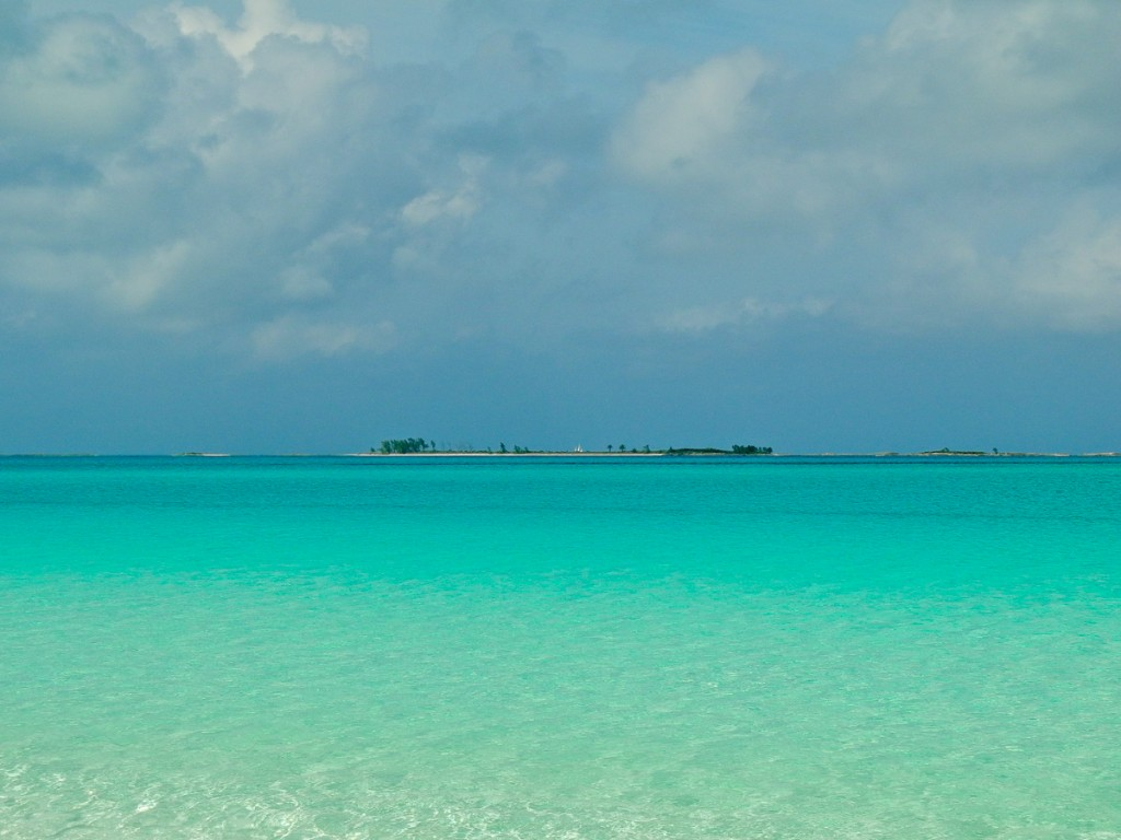 Grat Harbor Cay Beach